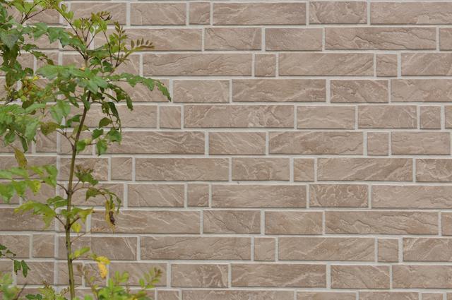 外壁材の種類は、見た目や機能性で選ぼう!